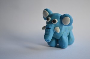 Elefante de plastilina
